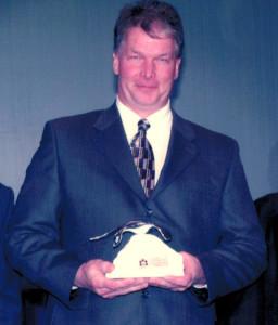 Award-Len-cropped