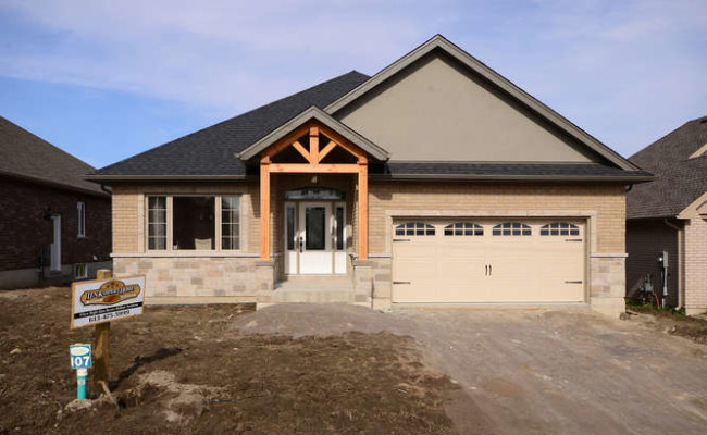 Tackaberry Ridge Model Home by-small-002-Exterior Front-666×444-72dpi